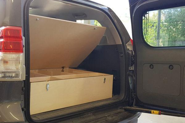 Pechlaner Autobox Toyota LC150